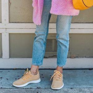 Yellow Allbirds Wool Runners Size 9